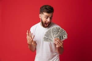 Men having won money - Odeur